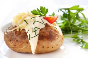 Jaket potato, preparazione tipica inglese a base di patate al forno