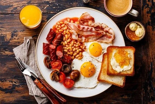 soggiorno-londra-cucina-tipica-breakfast