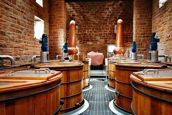 scozia-tour-auto-distillerie