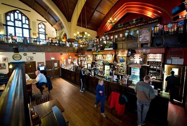 londra-vecchie-chiese-diventano-pub