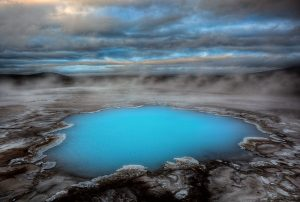 blue-pool-islanda