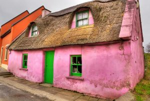 irish-cottage-dolin-irlanda-con-guida