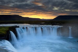 islanda-tour-dettifoss-waterfall