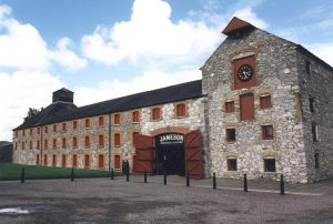 the-old-jameson-distillery-tour-irlanda-fly-and-drive
