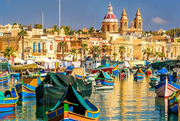 Vacanze studio per adulti a Sliema - Malta | Holidays Empire