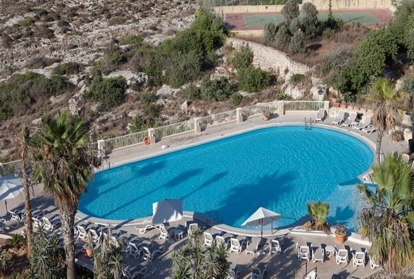 Vacanze studio junior 8-17 anni al Salini Resort – Malta
