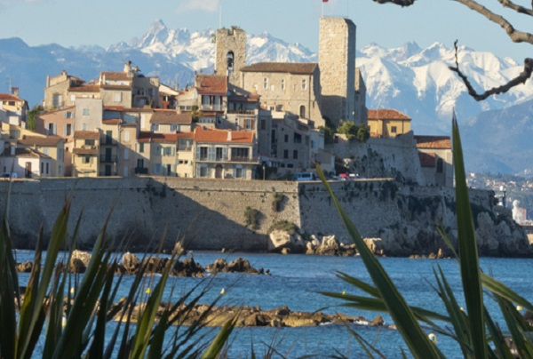 vacanze-studio-junior-13-17-anni-al-centre-international-antibes-francia