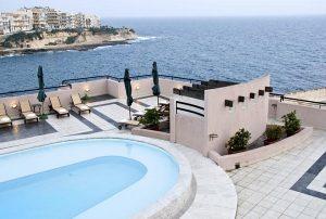 hotel-4-stelle-con-piscina-malta