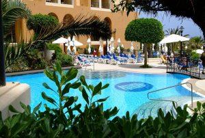 hotel-malta-4-stellle-con-piscina-marina-hotel