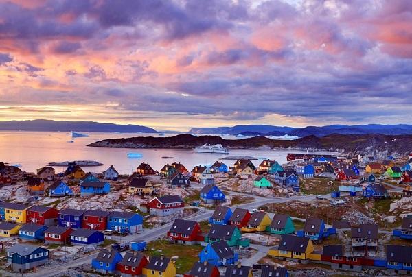 tour-individuale-della-groenlandia-alla-scoperta-del-villaggio-di-kulusuk-2-giorni-1-notte
