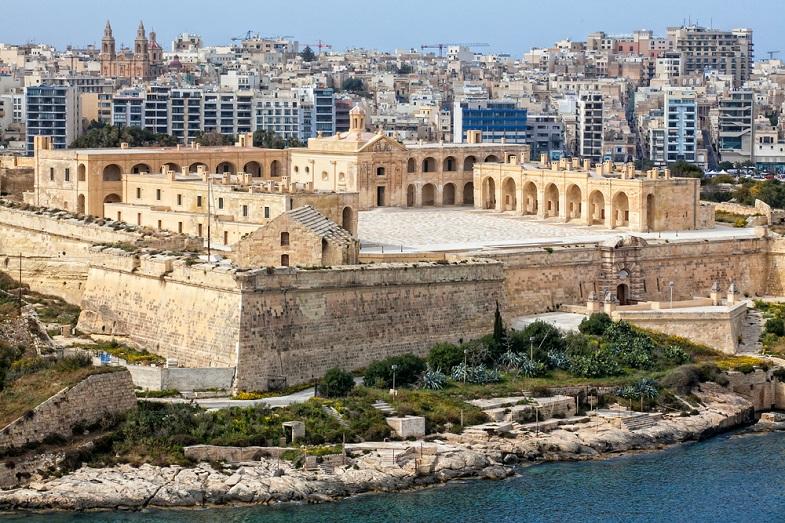 Viaggi e vacanze studio a Sliema, isola di Malta