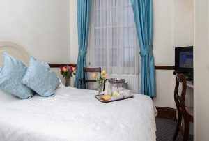 london-elizabeth-hotel-3