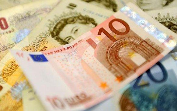 Dove cambiare euro in sterline