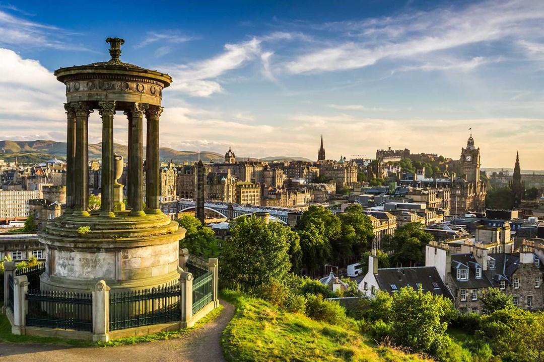 Partire per Edimburgo: le nostre offerte viaggi studio e tour con guida italiana