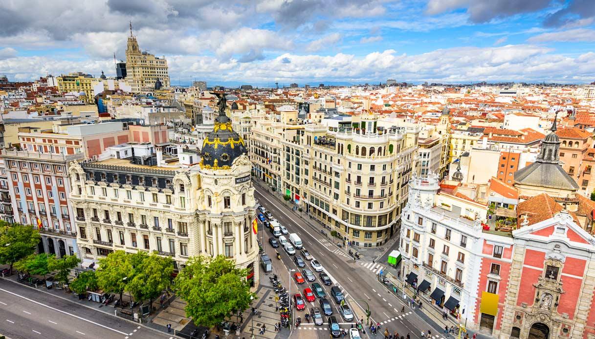 viaggi studio a Madrid, corsi di spagnolo DELE, Business e soggiorni studio e lavoro